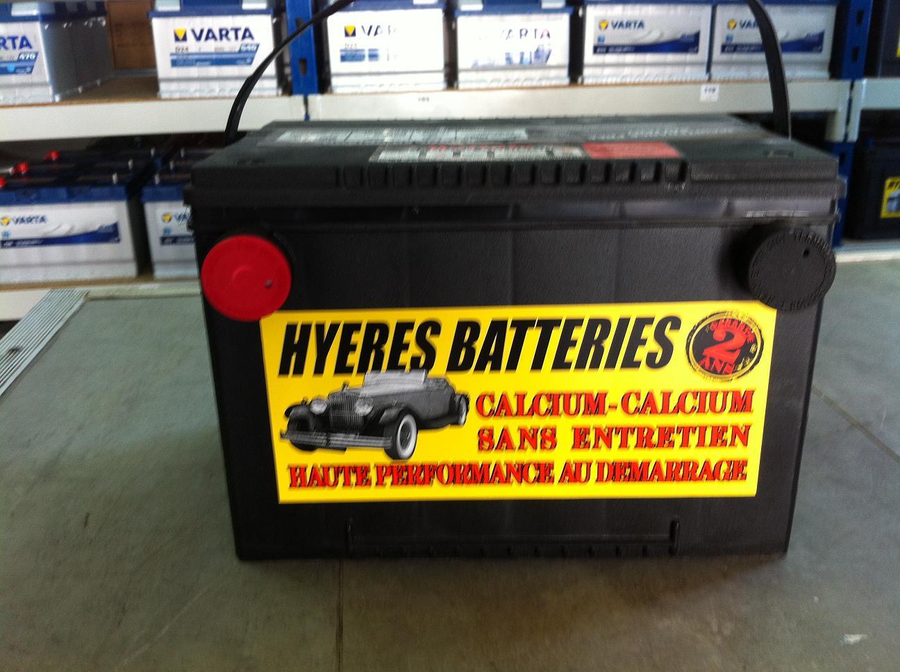 batteries pour voitures hyeres batteries. Black Bedroom Furniture Sets. Home Design Ideas